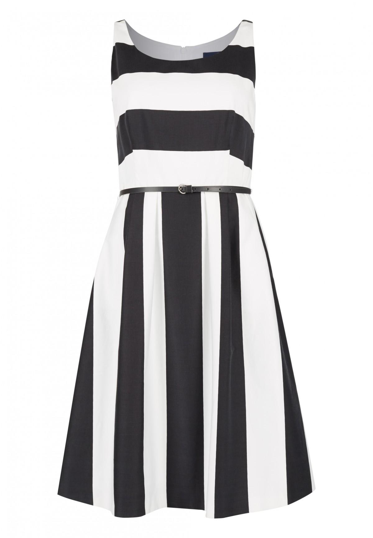 Maritimes Kleid mit Streifenmuster / Kleid