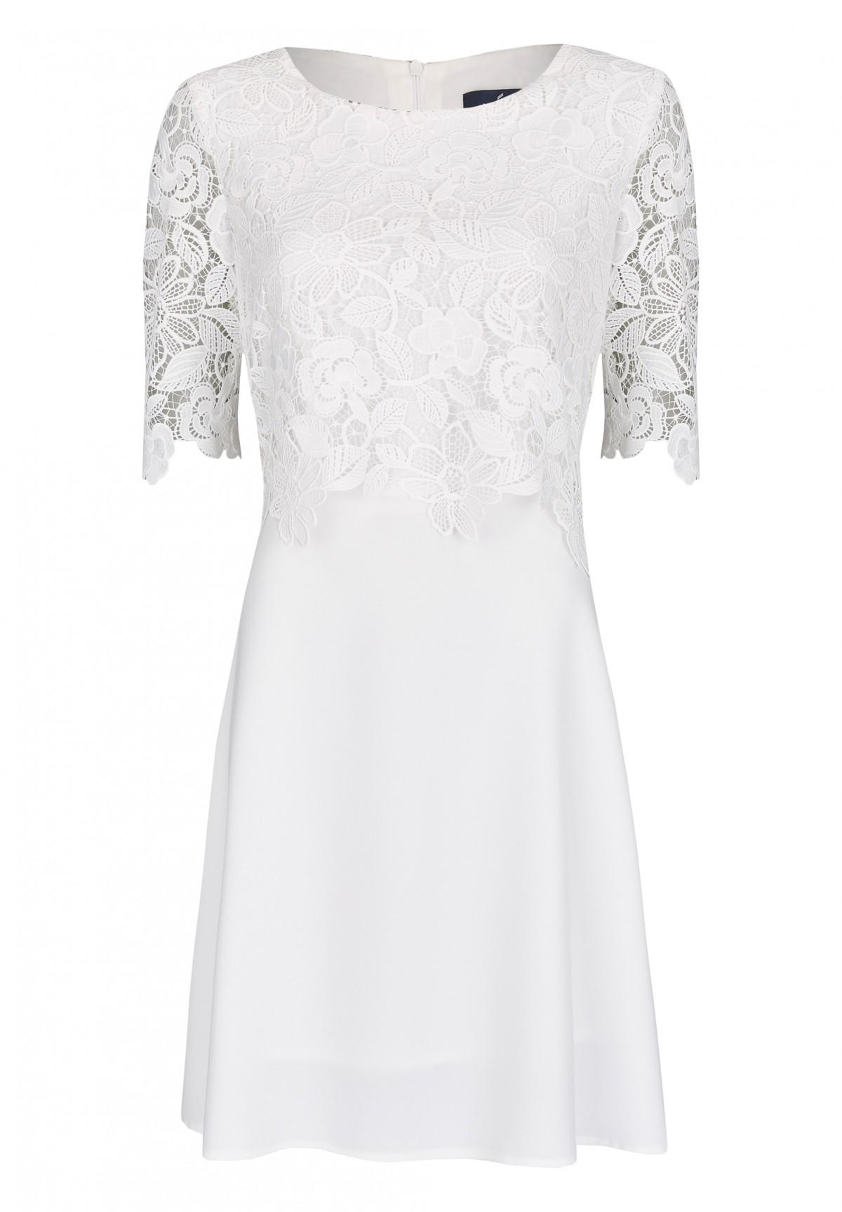 Elegantes Kleid mit Spitze / Dress