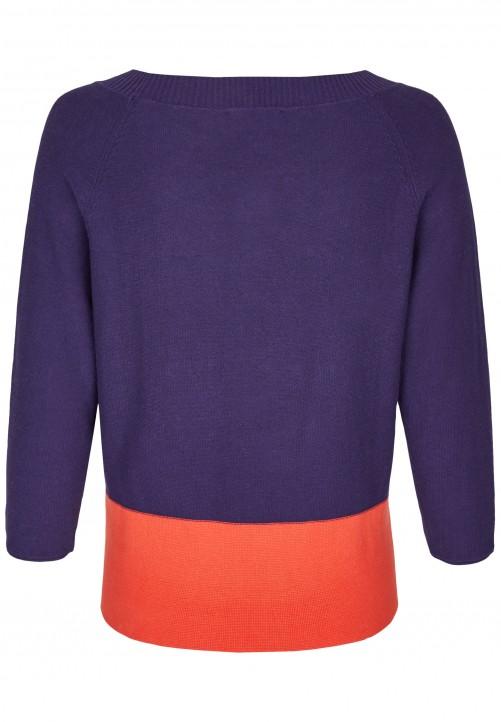 Modischer Pullover, lilac blue