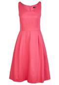 Sommerliches Kleid mit V-Ausschnitt